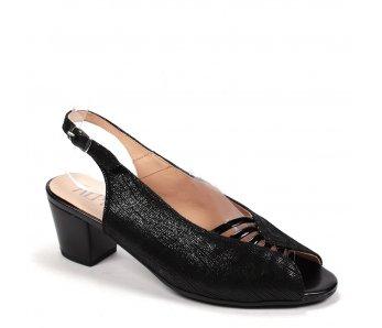 Elegantné sandále BRITTA 9J96-8 NERO