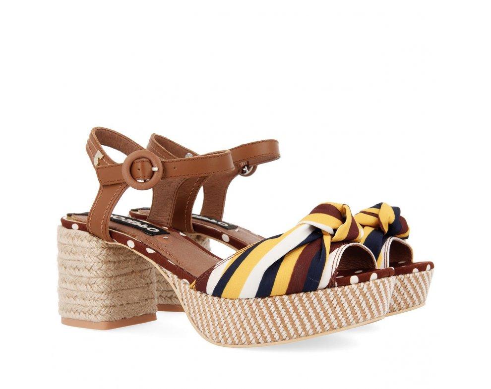 Sandále GP48783 TAN