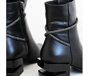 Štýlové kotníky AQ2059-01 BLACK