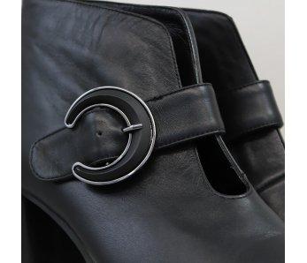 Elegantné kotníky AQ1535-07 BLACK LEATHER